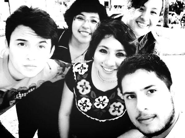 S M I L E :) Walking Around Parklife Fri∞nds Friends ❤