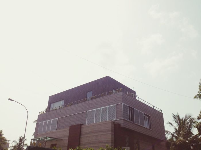 This house has one of the best designs around my place. A good example for some cool architects!! Architecture The Architect - 2015 EyeEm Awards Morning Light New Design  Exteriordesign Popular Photos