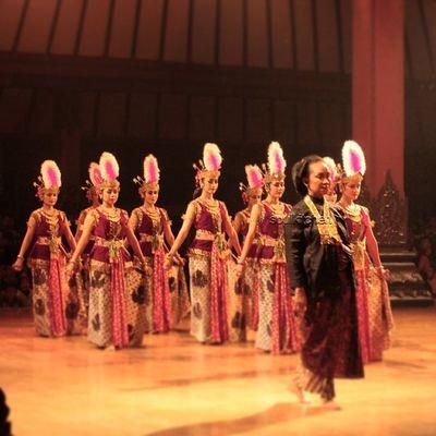 KHIDMAT Oyikk Worlddanceday Solovely Instadaily dance indonesia