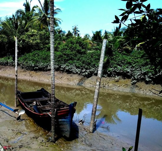 Yan Fishermen Boat Deck Fisherman Boat Water Wet Sky