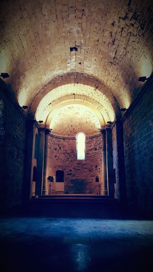 Miravet Catalunya Architecture Castle Indoors  Dirty Hospital Damaged Arch Abandoned No People Architecture EyeEmNewHere