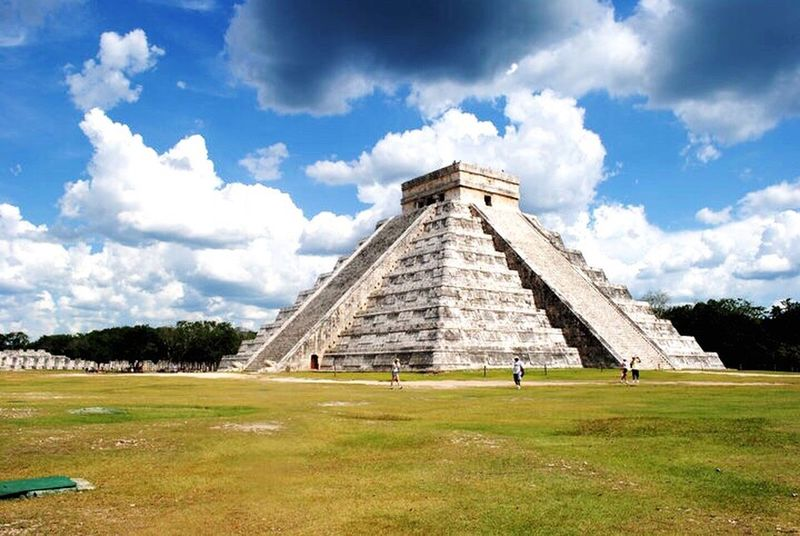 IPS2016Composition Chichen Itza Pirámides Piramyds Mayanculture Mayan Ruins Jessicagarciasphotography Showcase: January
