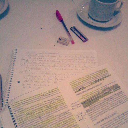 Estudiando psicologia y lpm que te pario NoEntiendo1 Masdificil Imposible