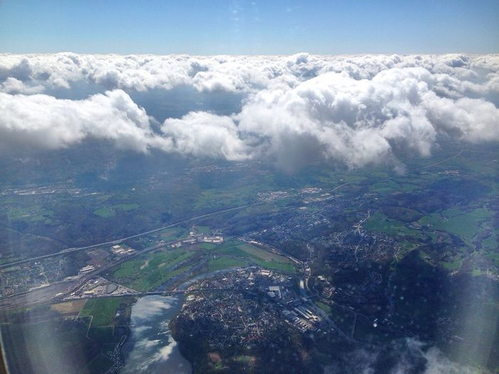 Düsseldorf in the clouds. Aerial Aerial View Aerialphotography Allemagne Beauty In Nature Blue Ciel Cielo Cloud Cloud - Sky Clouds Day Deutschland Düsseldorf Fromtheair Fromthesky Germany Himmel Landscape Majestic Nature Nuage Scenics Sky Wolken