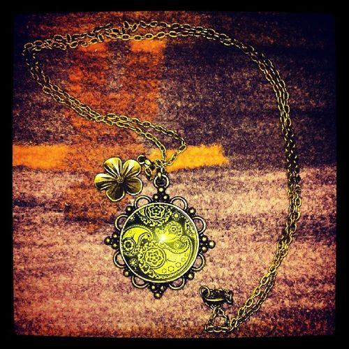 Mynewnecklace Halskette Luv_it Heutegekauft flowersselfmadeselbstgemachtartworkpeacehippielovehippieart