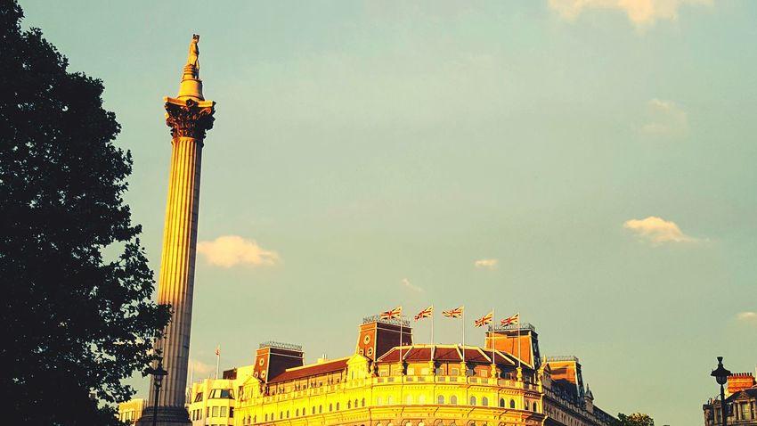 Sunset Sunshine London City City Life Trafalgarsquare Trafalgar Square Nelson's Column Column Flags Union Jack