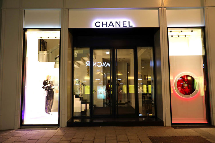 Chanel store Entrance Door Communication Text Architecture Sign Illuminated Glass - Material Western Script Built Structure Building Exterior Doorway Closed No People Transparent Store Night Reflection Outdoors Tiled Floor Store Sign Chanel Store Chanel❤ Chanel Chanel <3