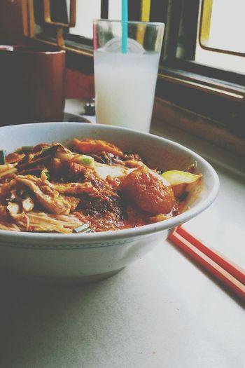 Laksa Laksa Malaysian Food Spicy Food Tasty Delicious Foodporn Photooftheday Bihun Foodie Fooporn Noodles Red Noodle Curry Foodphotography Soup Enjoying Life Foodforlife Nyonyafood Traditionalfood ArtWork