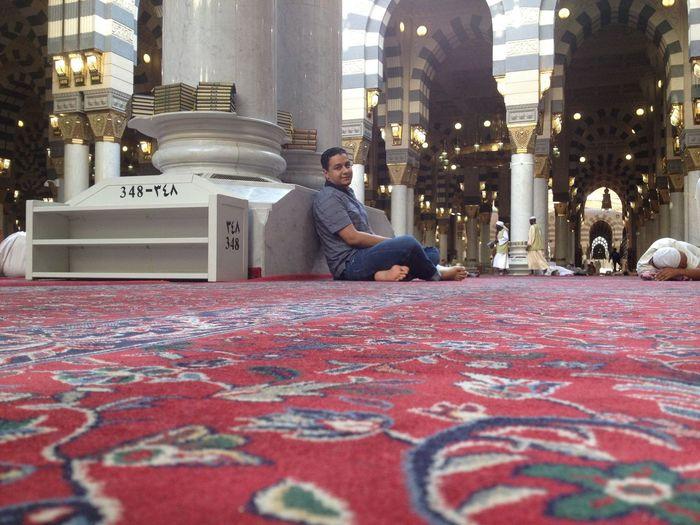 Eslam Madinah Al-munawwarah Men Moslem, Prayer, Praying, Reading, Koran, Mosque, Interior, Sitting, Faith, Belief, Islam Mosque Peace People Saudi Arabia Sleeping