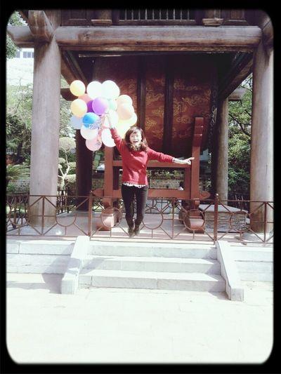 I can flyyyyyy!!!!!!