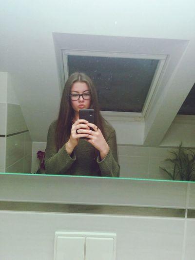 Selfie Girl Nexus5 Ray Ban selfietime