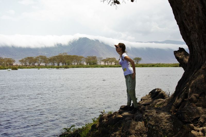 Adult Casual Clothing Cloud - Sky Day Exploring EyeEmNewHere Full Length Lake Mature Adult Mountain Mountain Range Nature One Mature Woman Only One Person One Woman Only Only Women Outdoors People Real People Safari Sky Standing Tree Water Young Adult