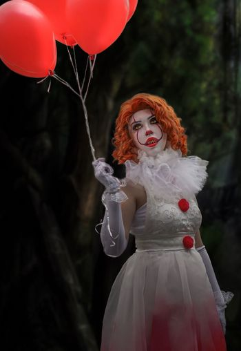 Pennywise Cosplayer Cosplay Nycc2018 NYCC Celebration Balloon Real People Women One Person Lifestyles Red Focus On Foreground Three Quarter Length Redhead Costume
