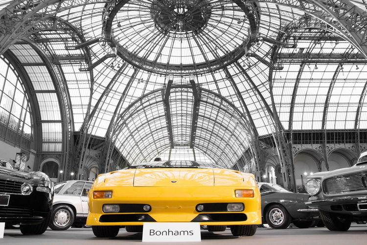 Lamborghini Diablo lors de la vente Bonhams au grand palais. Lamborghini Diablo Bonhams Grandpalais Car Supercar