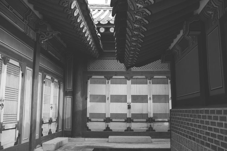 Architecture Black & White Black And White Blackandwhite Buddhism Building Exterior Built Structure Day Korea No People Outdoors Window