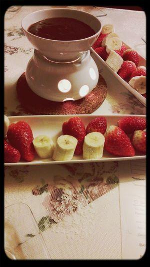 Schokofondue <3 Strawberrybanana Evening Chocolate