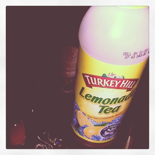 1977 filter on this. Can't believe someone carries this jug of awesomeness. Turkeyhill Icedtea Throwbacktothenow Memories
