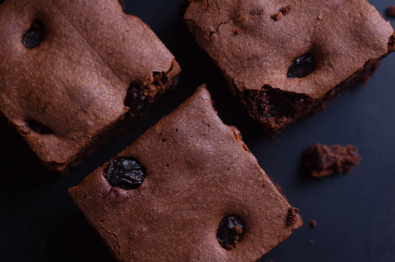 Close-up of brownie cake with raisin