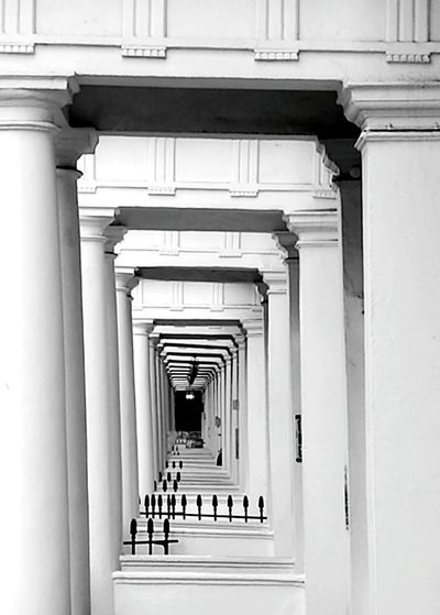 Architecture Built Structure In A Row Diminishing Perspective The Way Forward Vanishing Point Repetition Architectural Column Indoors  Architecture Built Structure In A Row Diminishing Perspective The Way Forward Corridor Vanishing Point Repetition Day Arched No People Long Archway Architectural Column Railings Conformity