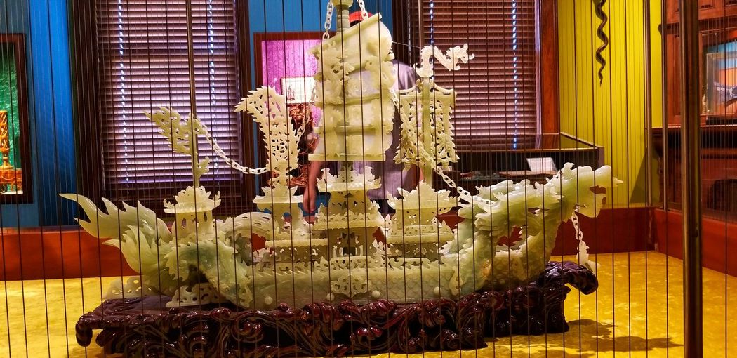 """It was such a great day, it was as if we had a private tour the day we went, there wasn't a single person, other than the staff, that was in the building. """" Ripley's Believe Not Ship Dragons Jade Previous Stone Celebration Close-up Sculpture"""