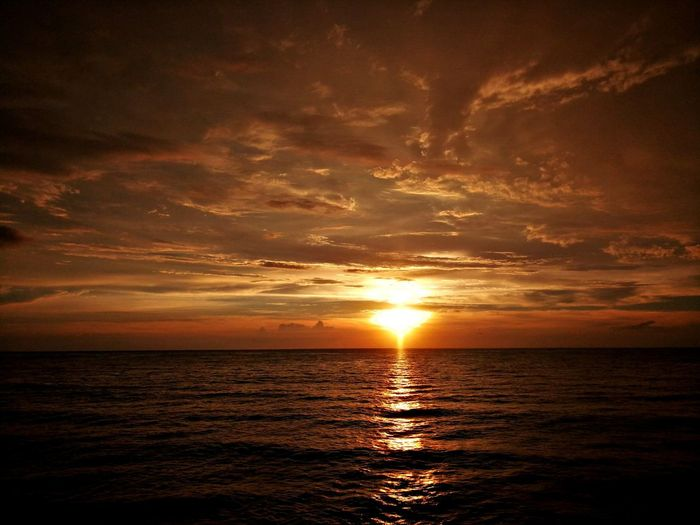 Sunset Sea Seascape Scenics Reflection Dramatic Sky Horizon Over Water Cloud - Sky Sun Nature Tranquility Beauty In Nature Idyllic Water Landscape Tourism Beach Sunlight Tranquil Scene Sky