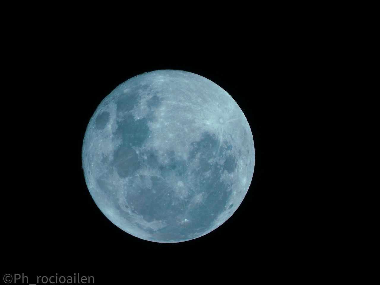 LOW ANGLE VIEW OF FULL MOON AGAINST SKY