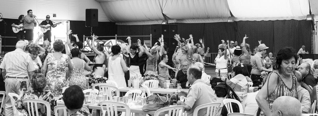 Feria de Linares. Grupo Plomo y Plata Feria De Linares Linares Linares Flamenco Plomo Y Plata Rumba
