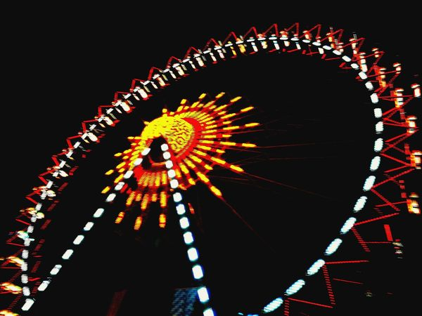 Arts Culture And Entertainment Ferris Wheel Amusement Park Black Background No People Multi Colored Night Illuminated Amusement Park Ride Outdoors Riesenrad Gäubodenfest Straubing Niederbayern Straubing Gäubodenfest Nopeople Nophotoshop HuaweiP9 Bavaria