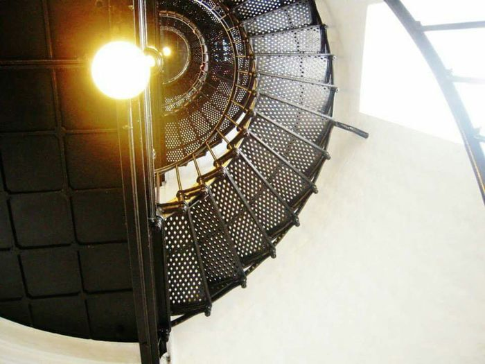 Lighthouse Stairs Light Spiral Staircase Long Walk YaquinaBay Yaquinabaylighthouse Yaquina Head