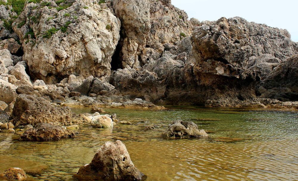 Acqua Beauty In Nature Capo Milazzo Laghetti Milazzo Nature No People Outdoors Piscine Di Venere Riflessi Sull'acqua Rocce Tranquillità Water
