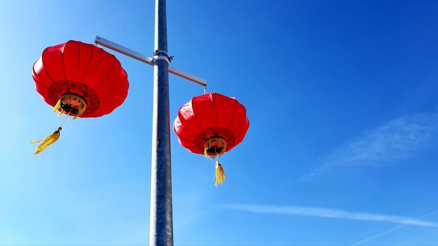 Red chinese ballons