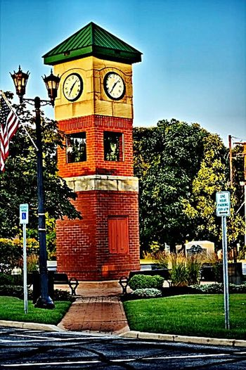 Berea Ohio Downtown Triangle Clock Tower. Berea Berea Ohio Ohio Westside Cuyahoga County Western Cuyahoga County Triangle Downtown Clock Clocks