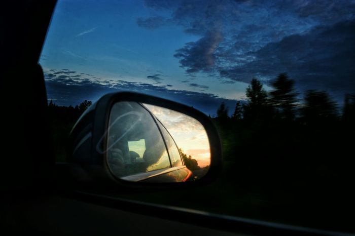 Run away from the sunrise Eye4photography  Summer Taking Pictures Mein Automoment Meinautomoment Nature Nature_collection Nature_perfection Taking Photos Nature Photography Eyeemphotography Eyeemnaturelover Countryside Traveling EyeEm Naturelovers Sunrise Sunrise_Collection Car Window Cool