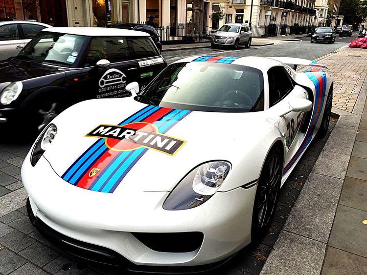 Porsche Porsche 918 Spyder South Kensington 918 918Spyder 918SPYDR Martini