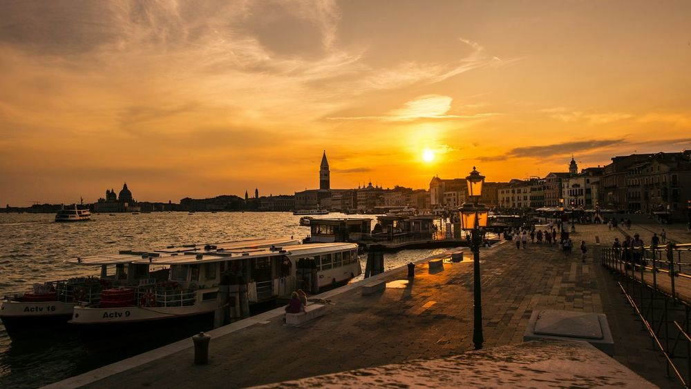 Venice... Notte Fujifilm_xseries Xm1 Snapshots Of Life