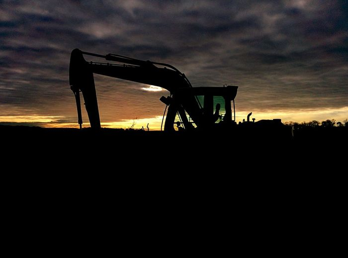 Early Morning At Work Earlier From Where I Stand Clouds And Sky Clouds Sunrise Digger Machinery Machine Stockpiling Silouette & Sky Silouette Outline Happy Tuesday