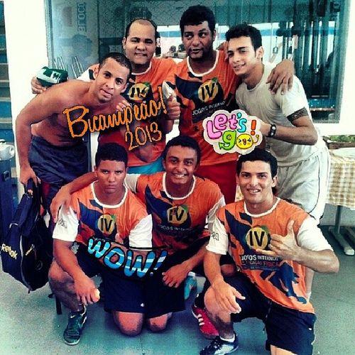 Meus campeões!! 6NA Futsal Jogosinternos Faculdade campeão 2013