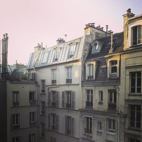 Wake up Paris Birthday Party