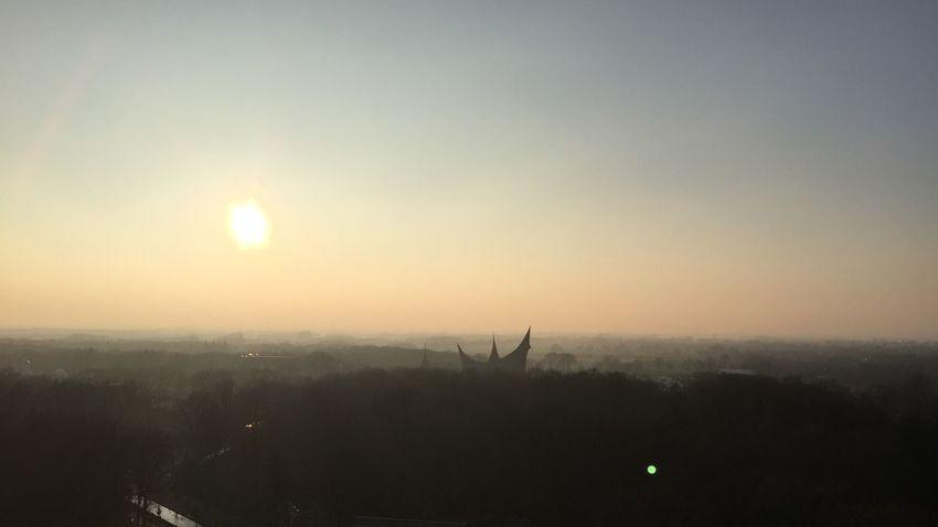 Efteling Pagode Silhouette Sun 2015  February Amusementpark Kaatsheuvel