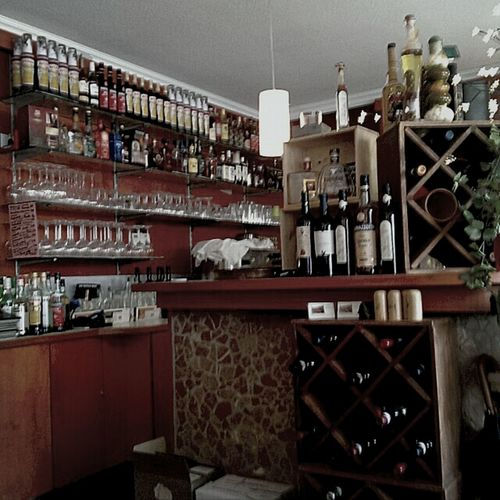 Pizza Vino Italiano Abruzzo On The Road Looking Forward