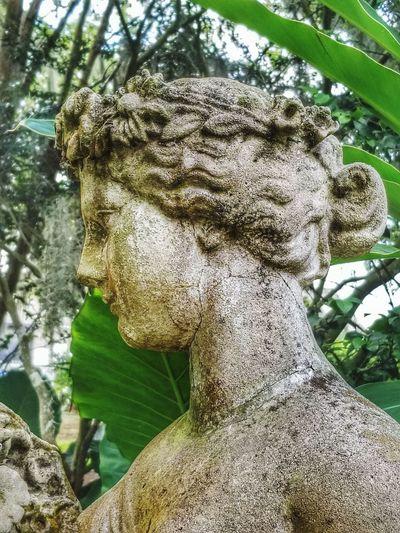 garden statue,