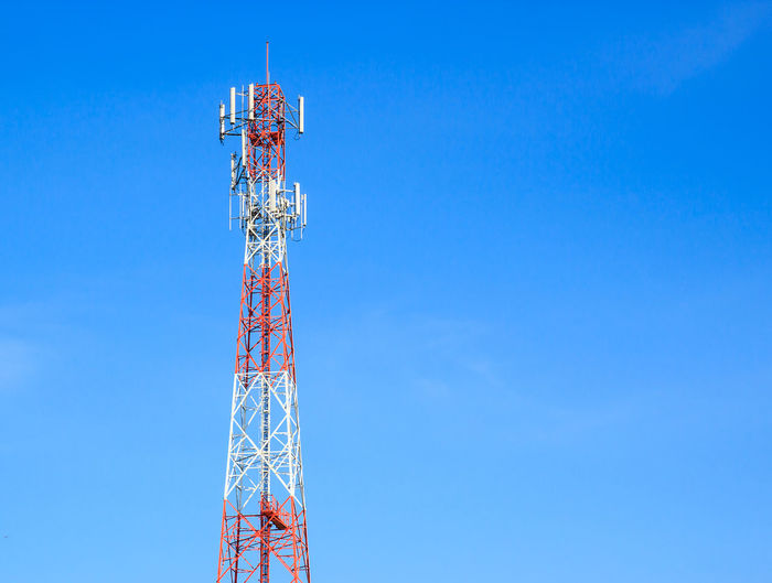 Broadcasting Network Tower Steel Frequency Broadcast Mast Engineering Television Telephone Data Receptor Receive Repeater Technology Wave Transmit Parabolic Equipment Receiver Connection Tall Channel Mobile Transmitter Blue Mountain Medium Satellite Outdoors Cell Sky Station Information Background Microwave Industry Radio Wireless Telecommunications Signal Bandwidth Structure Metal Communication Antenna