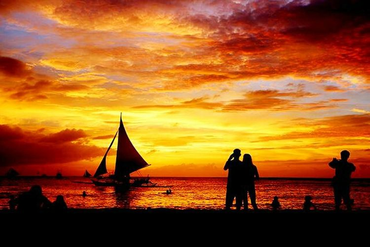 Sunset Silhouette Beach Sea Vacations Water Cloud - Sky Sky Travel Destinations Lifestyles Nature Togetherness People Beauty In Nature Outdoors Nautical Vessel Horizon Over Water Friendship Ilocos Sur Boat Trip Beachphotography Beachview Ilovephotography Photographic Memory Outdoor Photography
