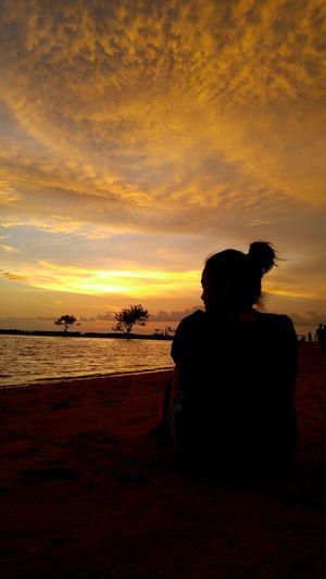 sun down slow down.... Enjoying The Sunset Protecting Where We Play Open Edit Sea And Sky Mobile Photography Eyeem Philippines Life Is A Beach LGG4 Kokopaps Burot Beach