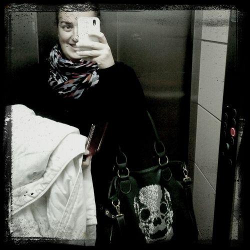 hoy el día me ha traido risas... volviendo a casa!! 9 de enero Lola Rivera Enero 2013