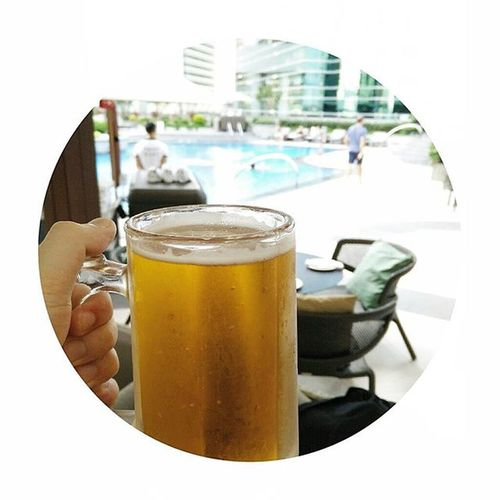 Humpday Hh Happyhour Kronenbourg Beer Poolside Earlydayoff @jwmarriotthk