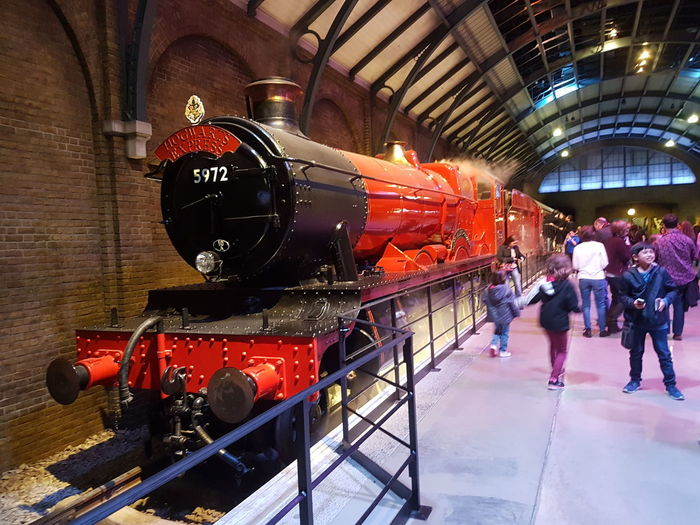 Picturing Individuality Trip To Harry Potter 9 3/4 Hello World London