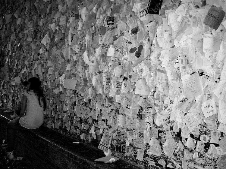 Letters to Juliet  Message To Love Love In Black & White Love In The Air Memories Message Messages Waiting ... Pattern Pattern Pieces Photographic Memory Romeo And Juliet Shakespeare Verona Verona Italy Wish Wishes Wishlist Young Wild And Free(; Youth Of Today Bnw_friday_eyeemchallenge Dreaming Dream Seeing The Sights Streetphotography