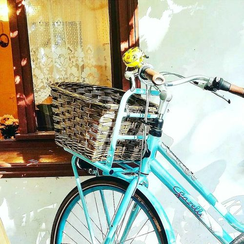 bIkElOVe 💍Bicycle Transportation Urbanphotography Facades And Light Colorful StillLifePhotography EyeEmNewHere EyeEm Gallery Streetphotography City Life Bicycle Parking Bikelove Wellplacedbike Soloparking Bikesaroundtheworld