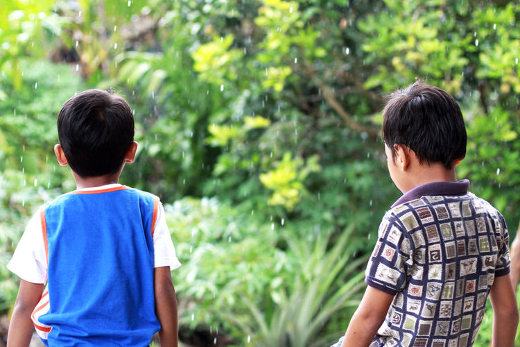 Together Boys Child Childhood Two People Togetherness Casual Clothing Leisure Activity Outdoors Innocence Brother EyeEm Selects EyeEm Best Shots